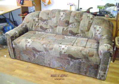 Barna plüss kanapé